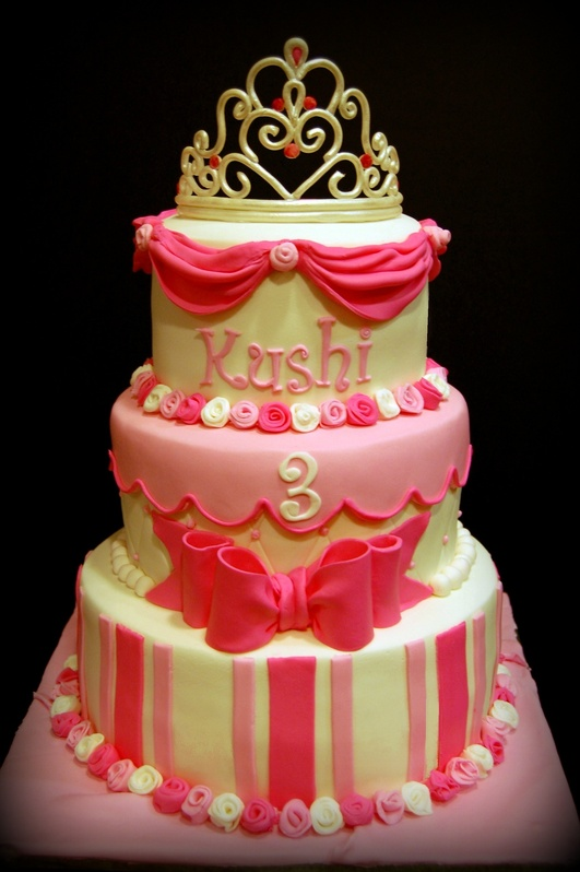 A cake as pretty as the birthday princess