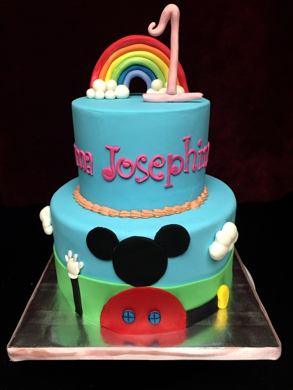 A girly Mickey clubhouse cake