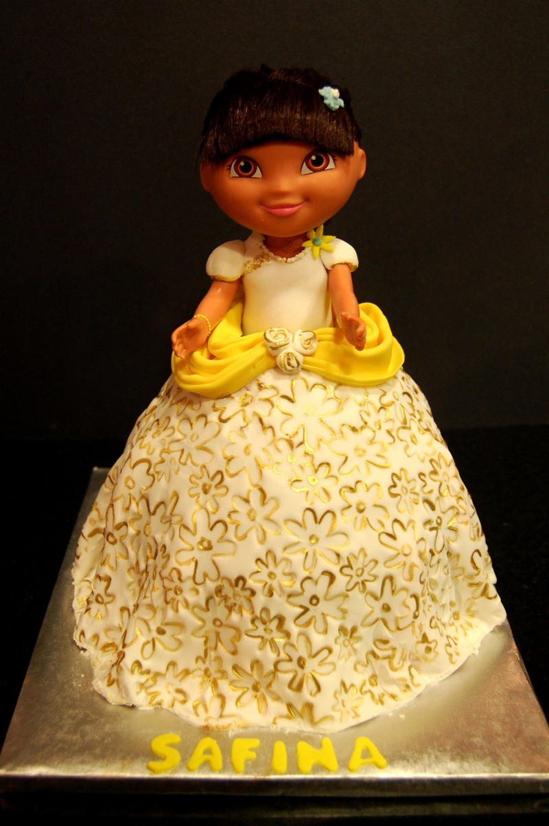 Another Dora Doll Cake :)