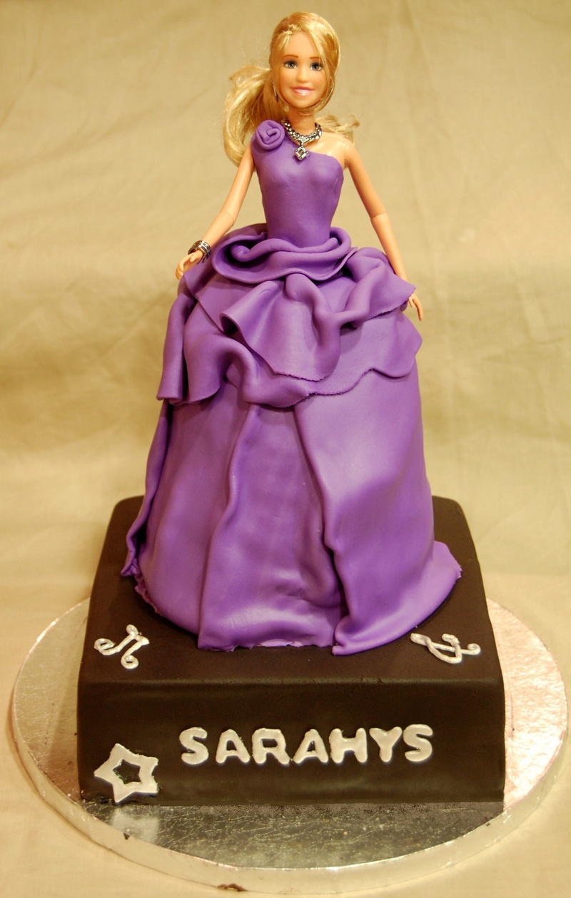Hannah Montana Cakes Pictures